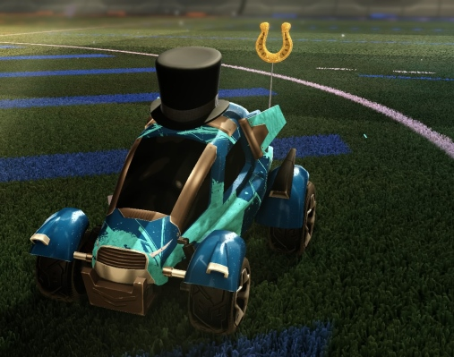 Rocket League: customized car viewed from the front